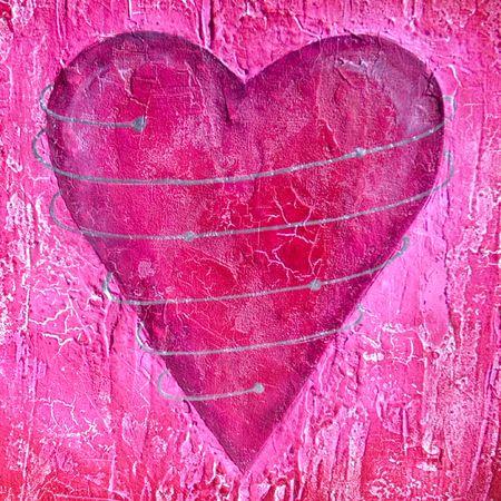 caes: Pintado de color rosa coraz�n rico en textura, plata espiral alrededor del coraz�n