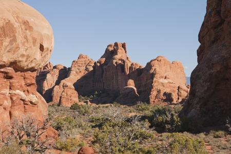 アーチーズ国立公園、ユタ州、アメリカ合衆国で自然の岩の形成。 写真素材 - 84417742