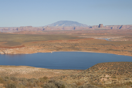 ページ、アリゾナ、米国の赤い砂漠。 写真素材 - 84725804