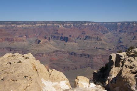 美しい崖、峡谷、グランドキャニオン国立公園、アリゾナ州、米国で谷。 写真素材 - 84790318