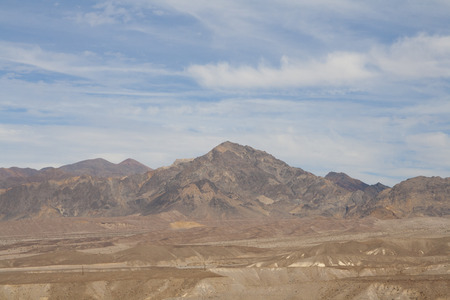 ザブリスキーポイントの美しい化石砂の砂丘、デスバレー国立公園、カリフォルニア、アメリカ。 写真素材 - 85101349