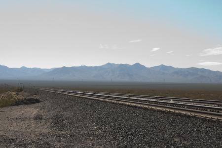 Railroad in the desert of Nipton, California, USA. Imagens - 85101360