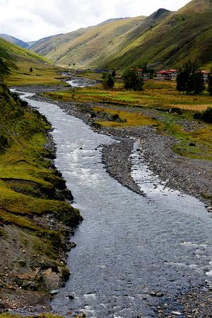 kandinsky: Xinduqiao Valley