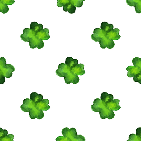 Watercolor seamless pattern with four leaf clover. Vector graphic design elements isolated on white background.Spring, green, St. Patricks Day concept. Vettoriali