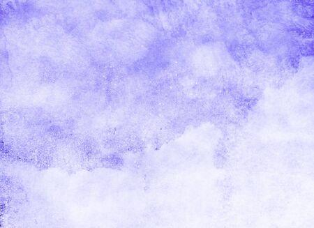 Kleur hemel met wolken als achtergrond. Waterverf