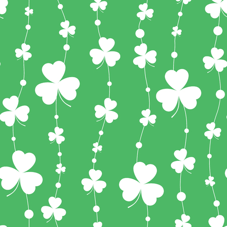 Pattern with green clover. Çizim