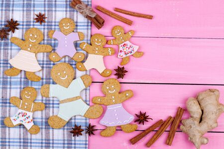 gingerbread cookies: Christmas homemade gingerbread cookies on wooden table