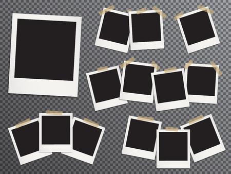 Marcos de fotos en blanco fijados colgando de cinta adhesiva vector ilustración realista. Maquetas de EPS10. Plantillas de marcos de fotos retro. Pegado con cinta adhesiva vintage marcos instantáneos con imágenes en blanco.