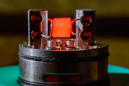 アーク プラズマ蒸着法、電子タバコ