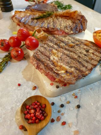 Grilled striploin steak with spices and herbs 스톡 콘텐츠