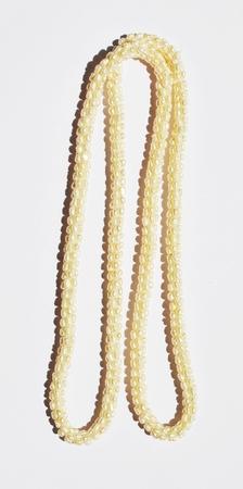 garniture: Pearl Necklace