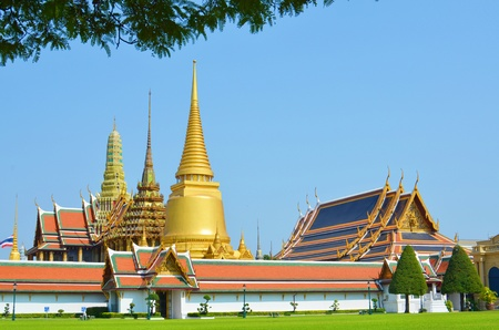 The temple of the Emerald Buddha in Thalland Imagens