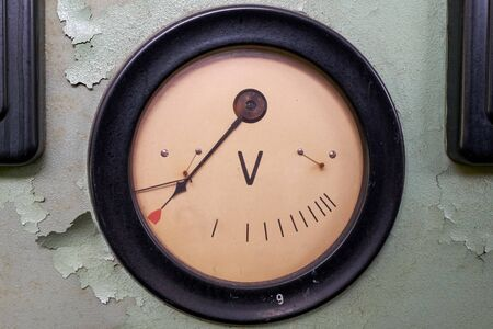 Old voltage dial in the abandoned power station Stock fotó - 127834405