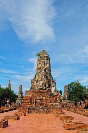 antiquarian: ruins of Chaiwatthanaram Temple, Ayutthaya Historical Park, Thailand