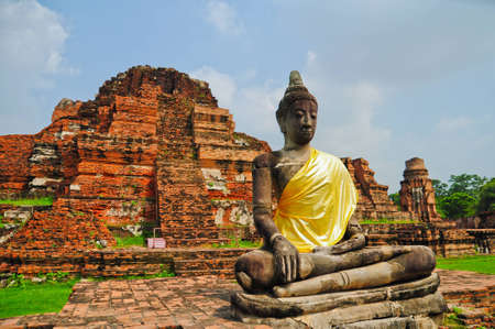 buddhist structures: ruins statue buddha at Ayutthaya Historical Park, Thailand