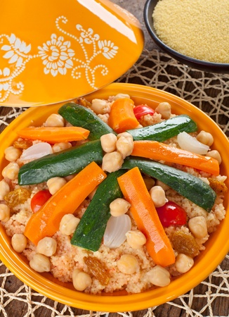 marocchini: Tajine di verdure con cous cous