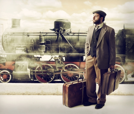 emigrant: Emigrant to the train station with cardboard suitcases