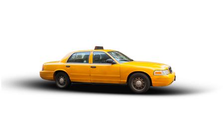 Gelbes Taxi auf weißem Hintergrund. Die Taxis von New York City sind weithin anerkannte Wahrzeichen der Stadt.