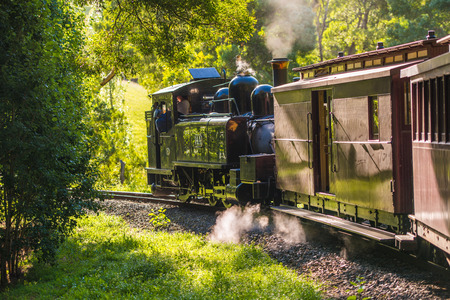 puffing: puffing billy steam train