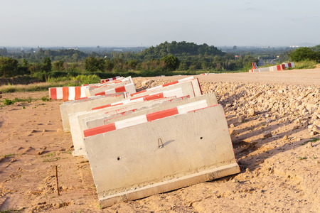 was: The concrete barriers was drop on construction site.