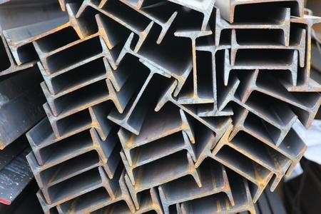 Metallprofile Strahl Grundlage für Gebäudestrukturen, Stahl Standard-Bild - 12421750