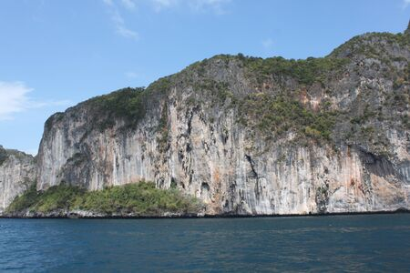 onbewoond: onbewoond eiland, een National Marine Park, archipel van Koh Lipe, Thailand, Zuidoost-Azië