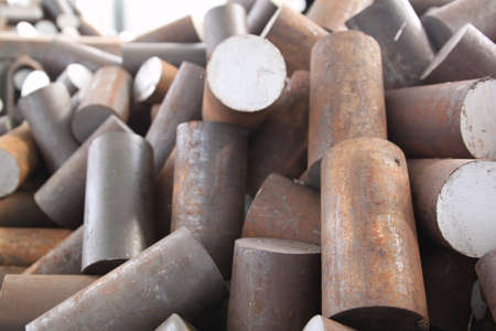 raw materials: Round billet of metal raw materials for further processing