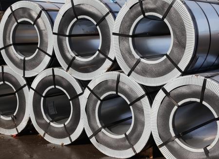 Gerollt verzinktem Stahl mit Kunststoffummantelung Standard-Bild - 35304699