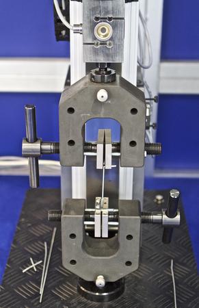 la cabeza de la máquina de ensayo para diversos materiales Foto de archivo