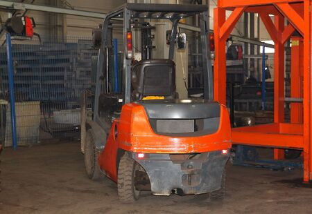 front loader: small nimble Electric Forklift for work in production