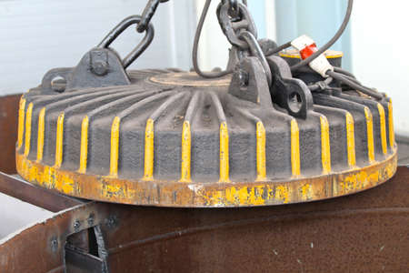 unloading: powerful magnet for loading, unloading, selection of metal
