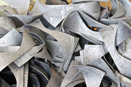 cuttings: wastes from the preparation for the installation of special shaped sheet