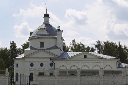 Architecture of Russian Orthodox Churches and Cathedrals, Konstantinovo Village, Ryazan Region, Russia Standard-Bild - 111288509