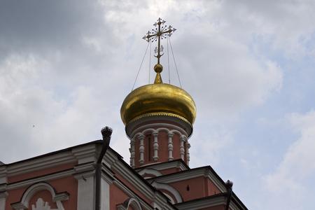 Architecture of Russian Orthodox Churches and Cathedrals, Village Poschupovo, Ryazan Region, Russia Standard-Bild - 111288241
