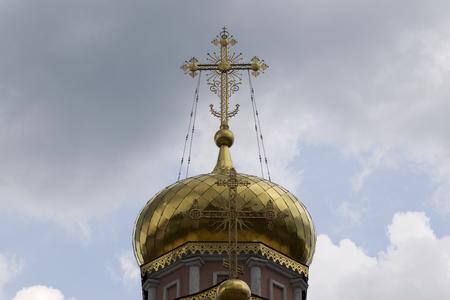 Architecture of Russian Orthodox Churches and Cathedrals, Village Poschupovo, Ryazan Region, Russia Standard-Bild - 111288257