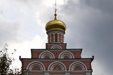 Architecture of Russian Orthodox Churches and Cathedrals, Village Poschupovo, Ryazan Region, Russia Standard-Bild - 111288287