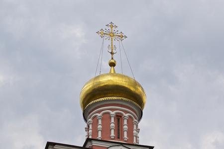 Architecture of Russian Orthodox Churches and Cathedrals, Village Poschupovo, Ryazan Region, Russia Standard-Bild - 111287888