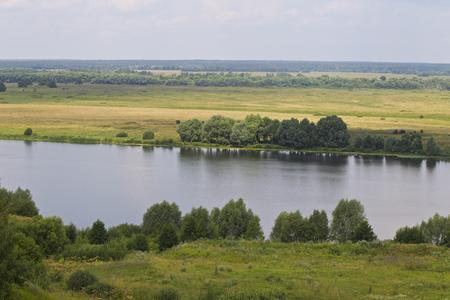 View of the Oka River near the village of Konstantinovo, Ryazan Region, Russia Standard-Bild - 111287792