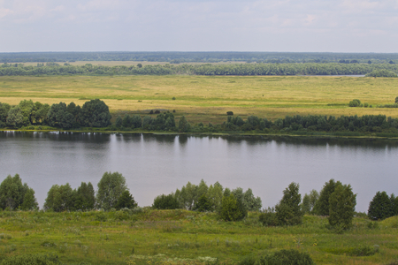 View of the Oka River near the village of Konstantinovo, Ryazan Region, Russia Standard-Bild - 111287821