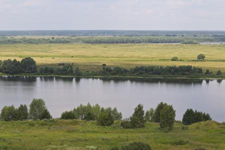 View of the Oka River near the village of Konstantinovo, Ryazan Region, Russia Standard-Bild - 111287822