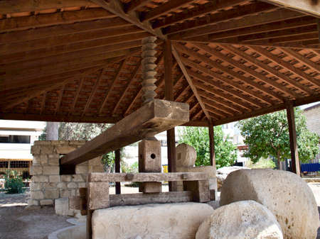 Reconstruction of an olive- oil press of the Byzantine period used from 7 th - 9 th centuries AD, Limassol, Cyprus Standard-Bild