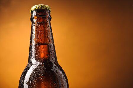 sapid: Bottle of beer
