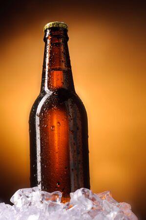 Bottle of beer Stock Photo - 6721183
