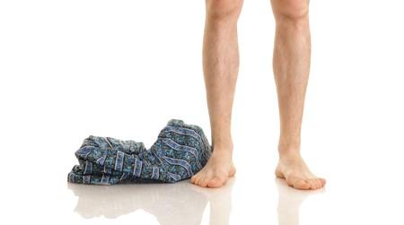 pies masculinos: De mis piernas y bragas