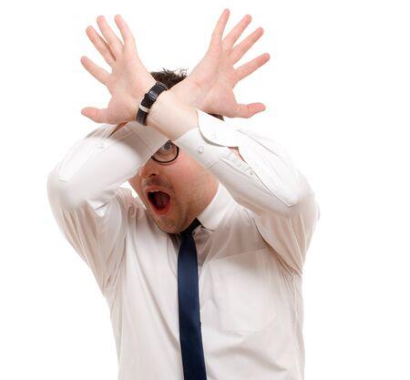 annoying: Mężczyzna Scared samodzielnie nad białym.