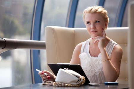 Pretty blonde businesswoman Stock Photo - 9996594