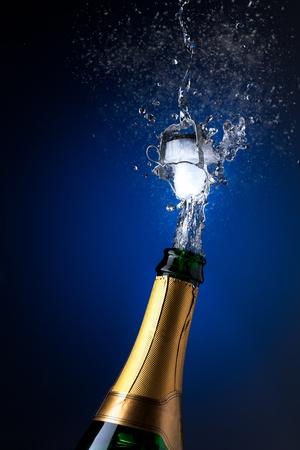 brindisi spumante: Champagne spruzzi