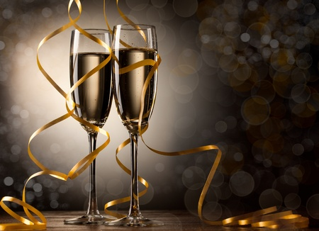 cena navide�a: Par copa de champ�n Foto de archivo