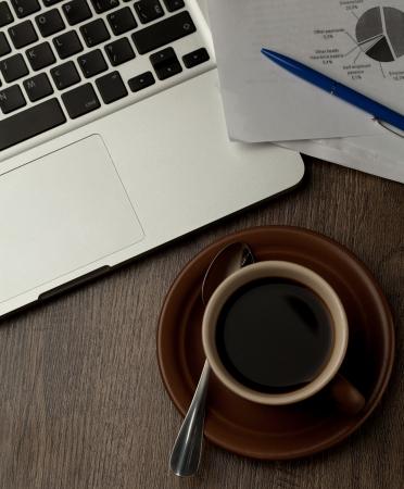 office break: escritorio de oficina moderno