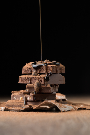 sprinkled: Milk chocolate sprinkled with syrup